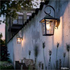 PHILIPS black wall lamp 'Buzzard myGarden'