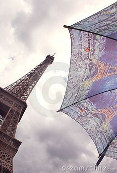 Torre Eiffel e Umbrella, Realeza Paris Fotos de Stock - Imagem: 20528