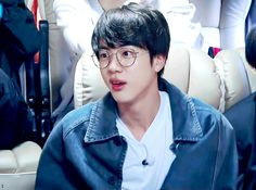 Find images and videos about gif, bts and jungkook on We Heart It - the app to get lost in what you love. Jin Gif, Bts Jin, Namjin, Seokjin, K Pop, Excited Gif, Bts Bon Voyage, Mnet Asian Music Awards, Worldwide Handsome