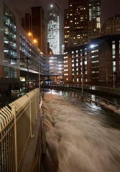 Water surges into lower Manhattan as superstorm #Sandy blasts through (Photo: Andrew Kelly / Reuters)
