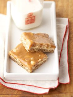 With a crushed pretzel crust, marshmallow-peanut butter filling, and gooey caramel topping, this salty-sweet bar cookie is a classic crowd-pleaser.  http://www.bhg.com/recipe/bars/caramel-chew-bars/