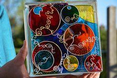 Painted Glass Block / Night Light Sun Catcher par OrnatelyLanterns