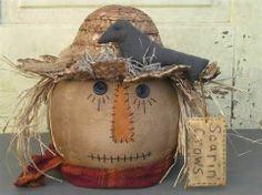 Primitive Scarecrow Head Halloween by HomespunCreationsJDC Primitive Fall Crafts, Primitive Scarecrows, Primitive Christmas Decorating, Scarecrow Crafts, Fall Scarecrows, Halloween Crafts, Fall Decorating, Scarecrow Ideas, Fall Halloween