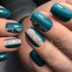 Hey there lovers of nail art! In this post we are going to share with you some Magnificent Nail Art Designs that are going to catch your eye and that you will want to copy for sure. Nail art is gaining more… Read Green Nails, Blue Nails, My Nails, Nagellack Trends, Trendy Nail Art, Super Nails, Gel Nail Designs, Nails Design, Beautiful Nail Art