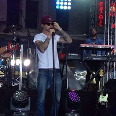 Adam Levine rehearsal for The Today Show (9/1/14)