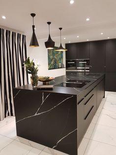 Black Kitchens, Luxury Kitchens, Modern Kitchen Design, Interior Design Kitchen, Home Decor Kitchen, Kitchen Furniture, Black And Grey Kitchen, Black Kitchen Island, Home Room Design