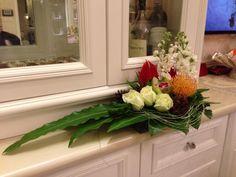 Gordon Lee Beautiful Flower Arrangements, Beautiful Flowers, Table Arrangements, Floral Arrangements, Fresh Flowers, Silk Flowers, Flower Chart, Church Flowers, Arte Floral