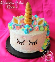 """Rainbow Cake Licorne de """"Les petites douceurs d'Audrey"""""""