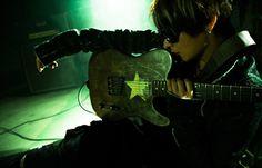 VAMPS,OBLIVION DUSTのギターと作曲を担当するK.A.Zのオフィシャルサイトです。