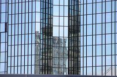 Reflexionen im Deutsch-Bank Tower
