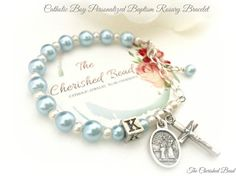 Pulsera del rosario católico del muchacho por TheCherishedBead