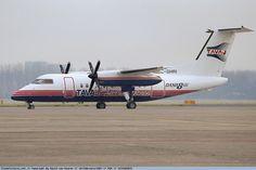 O turboélice Dash-8 da extinta Tavaj (foto: David van Maaren / PlanePictures.Net
