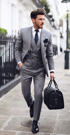 Trajes Business Casual, Business Casual Outfits, Smart Casual Menswear, Men Casual, Casual Bags, Elegant Man, Men Formal, Stylish Mens Outfits, Classy Men