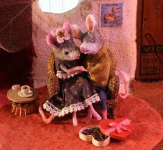 MousesHouses: Valentine http://mouseshouses.blogspot.com/2014/02/valentine.html