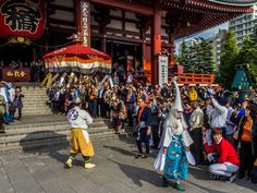 Asakusa Shirasagi no Mai 3/10 After the dancers follows a man holding an enormous umbrella -he is also part of the procession-dance. #Asakusa, #Shirasagi, #white, #heron, #dance, #Sensoji November 3, 2014 © Grigoris A. Miliaresis