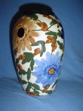 um 1925 -  große Schramberg Vase in polychromer Malerei - ehemals Vitrinenstück