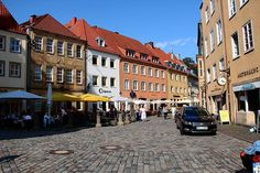 City center of the beautiful city Osnabrück in Germany. Isn't it colorful? We love it! #osnabrück #germany