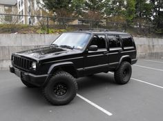 jeep cherokee lifted