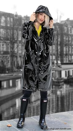 Best Rain Boots, Wellies Rain Boots, Hunter Rain Boots, Vinyl Raincoat, Plastic Raincoat, Pvc Raincoat, Hunter Boots Fashion, Vinyls, Coats