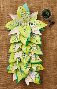 How to make a paper leaf centrepiece | This eye-catching centrepiece is perfect for decorating the table this spring.
