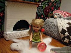 Room for dolls (fireplace and bear rug)  Peace  #DIY #recycling #upcycling #dolls #miniatures