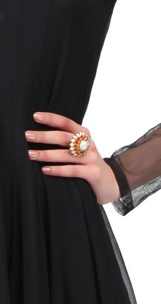 Gold and uncut diamond ring. Total weight :17gm polki: 2.8 cts gold:15gm available only at Pernia's Pop-Up Shop