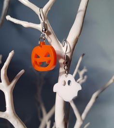 Spooky Earrings are available in two designs Pumpkin and Ghost. Sold in pairs, Orders can be made for 1 of each design or 2 of your favorite design! | eBay!