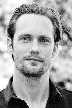 Alexander Skarsgard :)