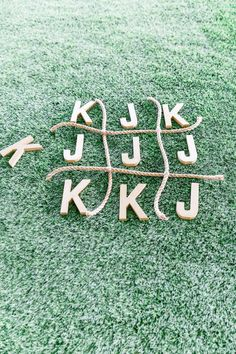 Ethereal Open Air Resort Wedding in Escondido Wedding Tic Tac Toe with Couple Initials and Ropes, Wedding Cocktail Hour Lawn Game Idea, Cavin Elizabeth Photography Lawn Games Wedding, Wedding Reception Games, Outdoor Wedding Activities, Outdoor Yard Games, Wedding Games For Kids, Rustic Wedding Games, Wedding Receptions, Propositions Mariage, Wedding Entertainment