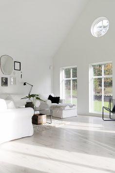 Sjövik_vardagsrum_9432_web Cool Rooms, Living Room Interior, House Ideas, Villa, Interior Design, Cool Stuff, Cozy, Houses, Goals