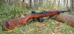 M1 Carbine I am currently in search of this weapon. They are nearly impossible to find and those who have them do NOT want to part with them. 30 Carbine, Self Defense Weapons, Shotguns, Firearms, Snipers, Assault Rifle, Murcia, Pew Pew, Cool Guns