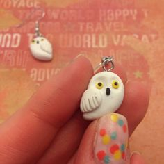 Polymer Clay Hedwig Earrings, Harry Potter Owl, Geek Gift on Etsy #hedwig #harrypotter