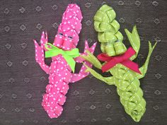 Crocodile hair clips.