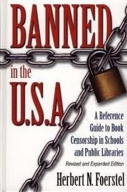 Banned in the U.: A Reference Guide to Book Censorship in Schools and Public Libraries--Revised and Expanded Edition (Hardcover) Book Wrap, School Displays, Book Displays, Library Displays, Reading Bulletin Boards, Kurt Vonnegut, School Librarian, Gabriel Garcia Marquez, Margaret Atwood