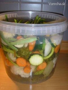 Nakladaná zelenina - bez sterilizácie (fotorecept) - Recept Kimchi, Pickles, Broccoli, Cucumber, Cauliflower, Food To Make, Food And Drink, Canning, Recipes