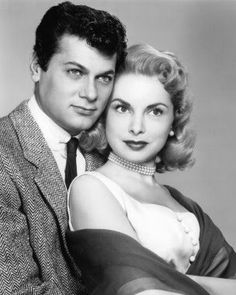 Tony Curtis was married to Janet Leigh from (divorced, 2 children)… Hollywood Couples, Hollywood Actor, Golden Age Of Hollywood, Celebrity Couples, Hollywood Stars, Hollywood Actresses, Classic Hollywood, Actors & Actresses, Tony Curtis