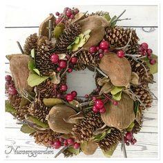 Pigne,pinecones,bacche,wreath,fall,autumn,decor,garden,countrychic,home,autunno