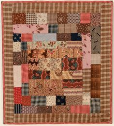 Centre Médaillon Doll Quilt, Ca. 1880; Pennsylvanie  Could make a larger version of this with my civil war scraps