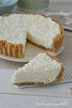 Cheesecake mascarpone e cocco Mexican Dessert Recipes, Italian Desserts, Italian Recipes, Italian Dishes, Cheesecake, No Bake Desserts, Delicious Desserts, Popular Italian Food, Italian Food Restaurant