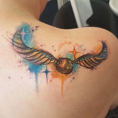 Golden Snitch Tattoo, Tattoo Designs, Tattoo Ideas, Picture Tattoos, Tattoo Inspiration, Tatoos, Tatting, Piercing, Cool Designs