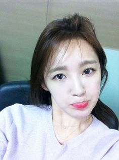 Kang Min Kyung disapproves of the hot weather #allkpop #kpop #Davichi
