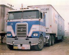 Image from http://www.hankstruckpictures.com/pix/trucks/morton/nov2001/navl_hayes.jpg.