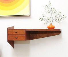 Danish Modern FLOATING TEAK Entry Shelf Table Mid Century Vintage - simplymod-auctions