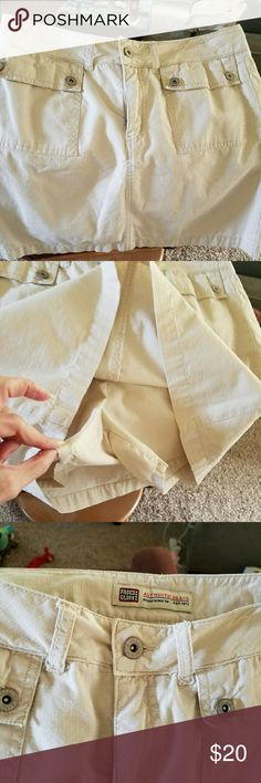 """Faded Glory Skort Faded Glory Skort, zipper and button to close. Button decor on front pockets. Real cutie for spring and summer. 100% cotton  Waist 30  (short rise 4 )  Length  16"""" Excellent condition! Faded Glory Skirts Mini"""