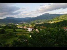 Fotos de: Navarra - Ziga y el mirador de Baztan - Pueblo con encanto