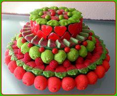 A qué huelen mis tartas?     Huelen a fresas salvajes, a moras jugosas, a melón de verano, a manzanas verdes... Mis tartas huelen a dulc...