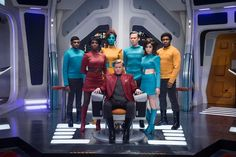 With new episodes hitting Netflix this week, Aubrey Page ranks every episode of Black Mirror, the dark sci-fi drama series from creator Charlie Brooker. Stranger Things, Charlie Brooker, Vip News, New York City, Trailers, Jimmi Simpson, Game Of Thrones, Huntington Whiteley, December
