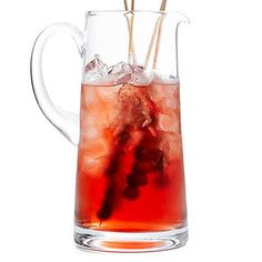 Winter Warmer A combination of vanilla-infused vodka and cranberry juice, topped off with spicy ginger ale is sure to bring warmth to those chilly winter evenings. Infusing your own vodka is a cinch and makes a great gift.
