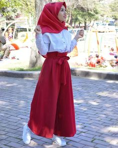 Hijab Style Dress, Hijab Chic, Hijab Outfit, I Dress, Hijab Fashion Summer, Modest Fashion Hijab, Muslim Fashion, Modest Work Outfits, Denim Fashion