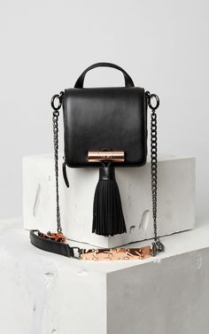 Handbags for Women & Small leather goods Black Leather Bags, Leather Men, My Bags, Purses And Bags, Leather Crossbody, Crossbody Bag, Kenzo, Luxury Bags, Beautiful Bags